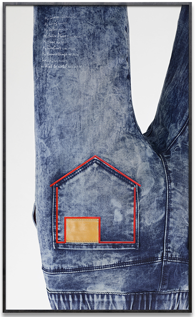 House / Jeans